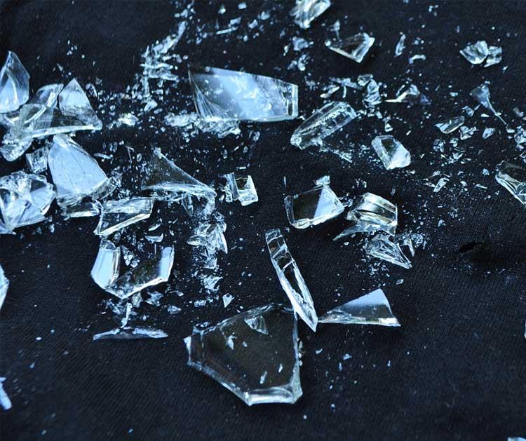 shattered glass dream