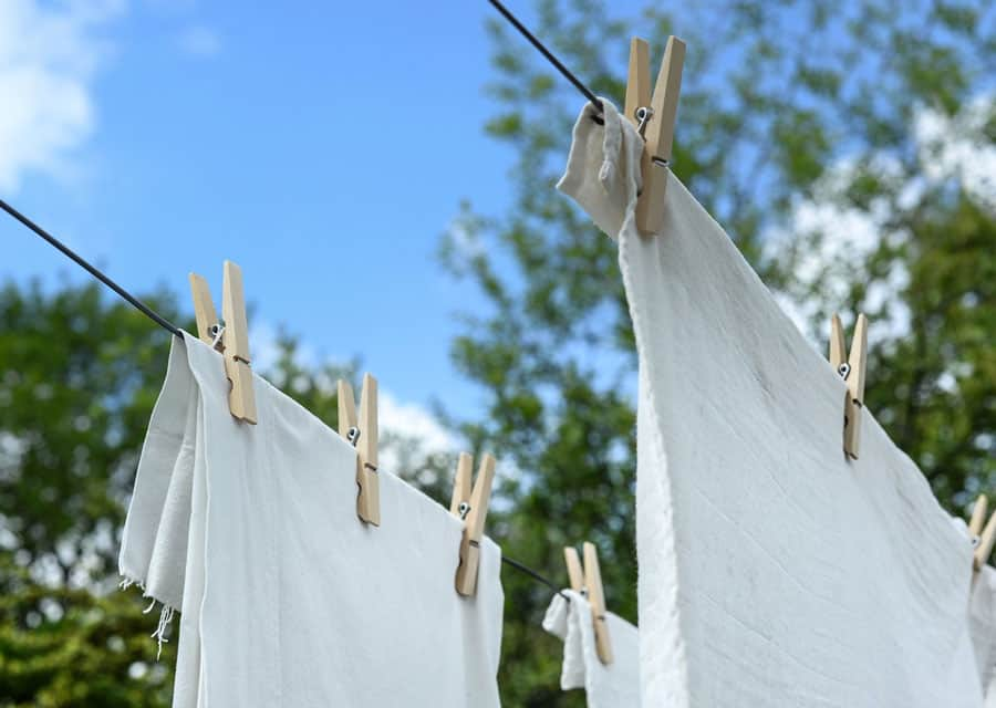 clothesline drying clothes dream meaning