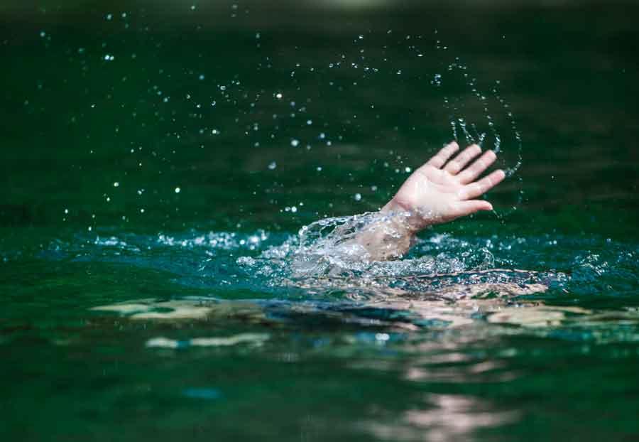 drowning dream symbol