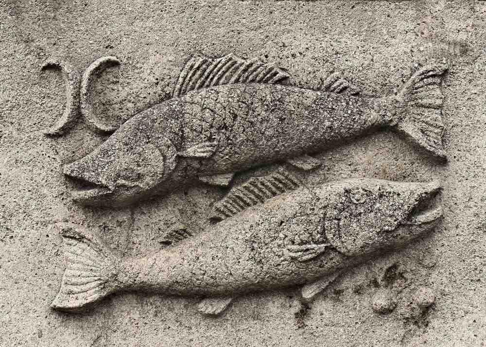 pisces sand sculpture